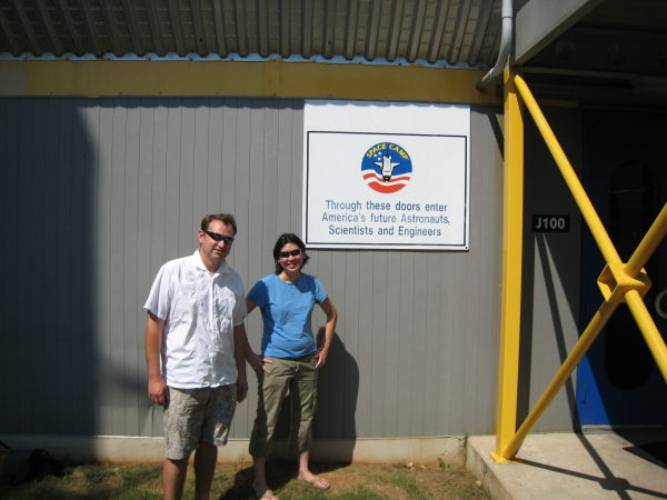 Tony and Nathalie in front of Hab1