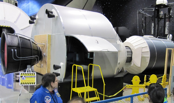 New Capsule Sim on Space Camp Tour